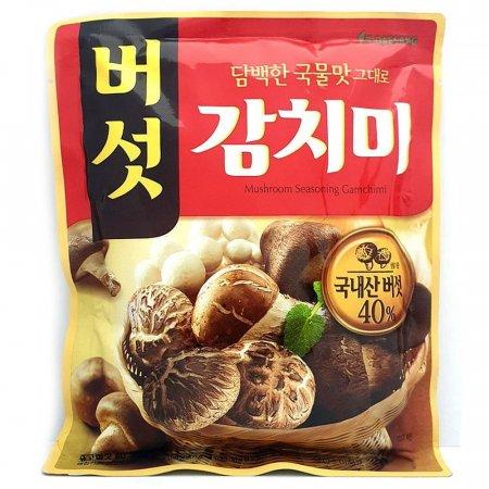신선한 재료로 담백한 국물맛 버섯감치미 조미료