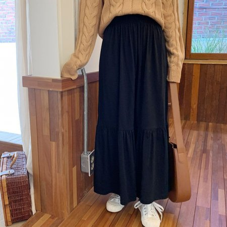 여성 패션 홈웨어 데일리룩 밑단프릴 감성 롱스커트