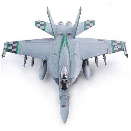 (아카데미과학) 미해군 F/A-18E VFA-195 치피호 1_72