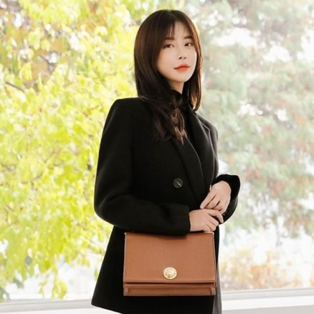 여성 가방 데일리 크로스백 고급스러운 골드 디자인